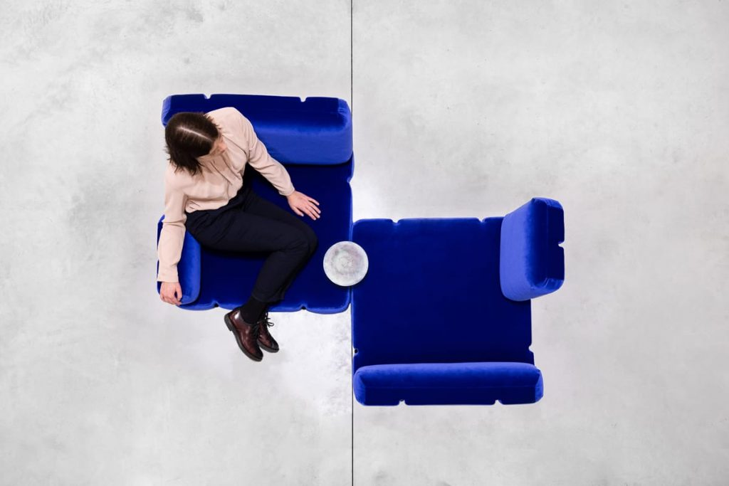 ADAPTABLE SOFA - © Eline Willaert Photographer